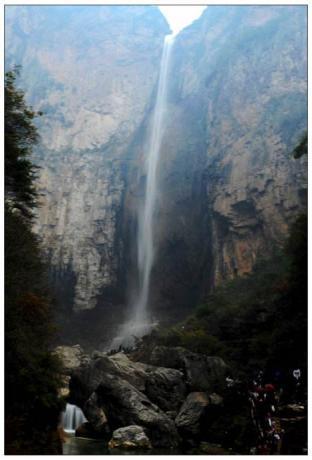 云台山泉瀑峡.jpg