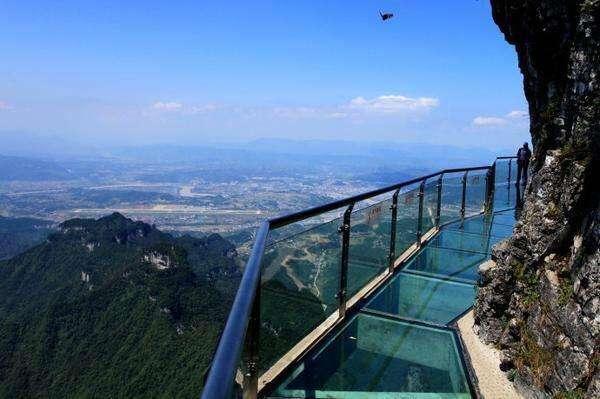 云台山玻璃栈道图片