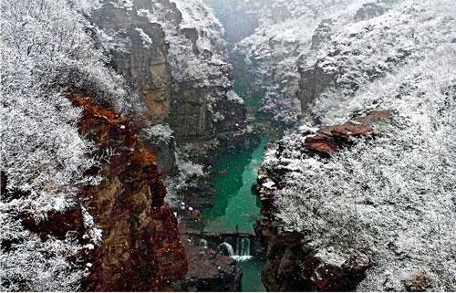 云台初雪.jpg