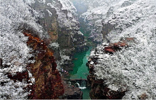 红石峡的雪