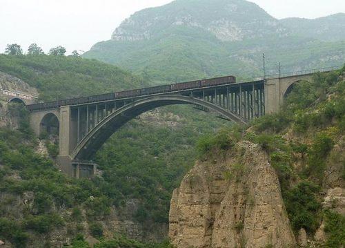 青天河丹河长虹铁路大桥