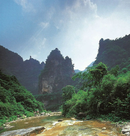 峰林峡宝塔山