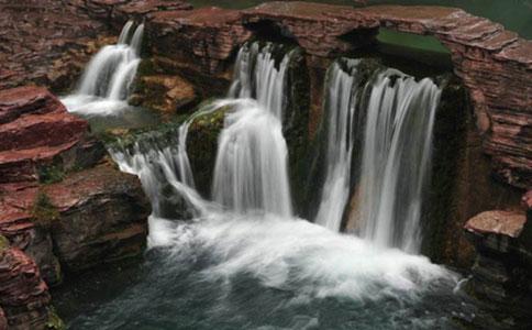 云台山瀑布多高,现在去有水吗