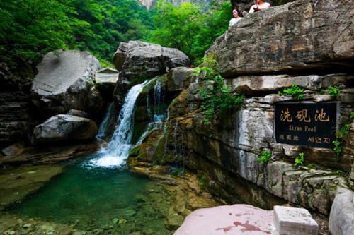 云台山大峡谷潭瀑峡