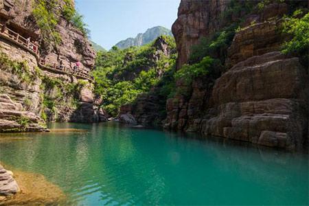 红石峡峡谷.jpg