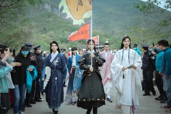 10月15日--11月30日云台山红叶国潮文化节汉服免门票